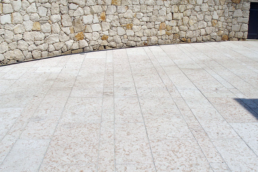 Pavimentazioni Esterne In Pietra.Pavimentazioni Esterne Ponte Di Veia Pietre S N C
